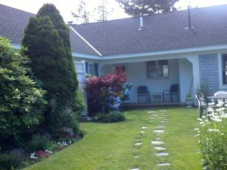 Great Family Home Near the Beach - South Yarmouth vacation rentals