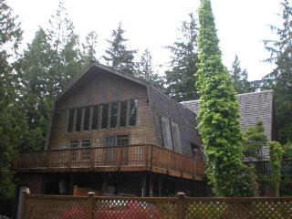 Large Post and Beam Cedar Chalet - Ucluelet vacation rentals