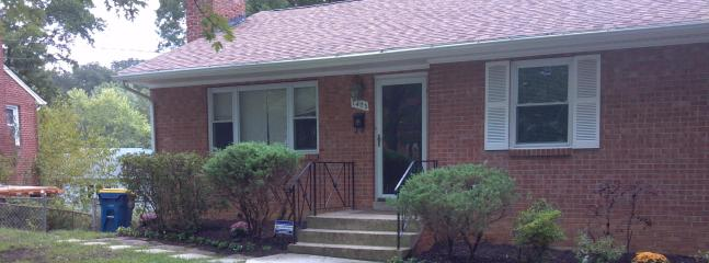 Quite Comfort! - Large 4 bedrm corporate house in Suburban Maryland - New Carrollton - rentals