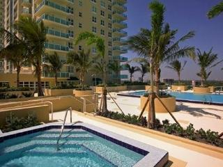 Brickell Stunning bay View 2br/2ba - Miami Beach vacation rentals