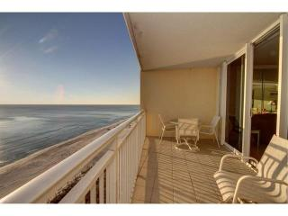 Emerald Beach 927 1Bedroom Deluxe w/ awesome views - Panama City Beach vacation rentals