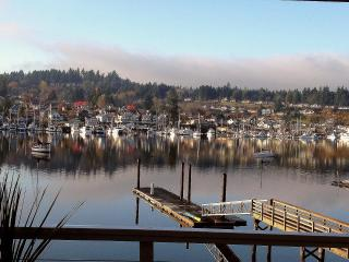 Downtown Gig Harbor Waterfront Home - Gig Harbor vacation rentals
