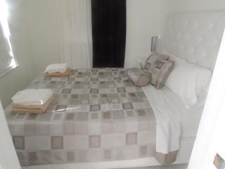 1br/1ba steps away form Lincoln Road - Miami Beach vacation rentals