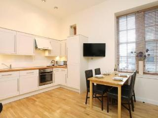 The Old Schoolhouse near the Royal Mile, Old Town - Edinburgh vacation rentals
