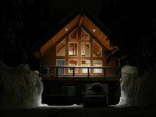 Stunning Custom Home on Snoqulmie Pass - Snoqualmie Pass vacation rentals
