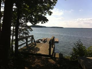 Windy Pointe; private escape with big water view! - Salisbury vacation rentals