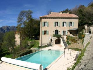 5 Bedroom Manor House in the Corsican Mountains - Olmi Cappella vacation rentals