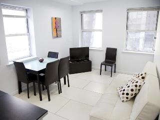 Luxury 2bdrm Furnished Apt East45th - New York City vacation rentals