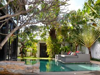 M-VILLAS  LUXURY 3-BEDROOM VILLA THE HEART OF SEMINYAK - Seminyak vacation rentals