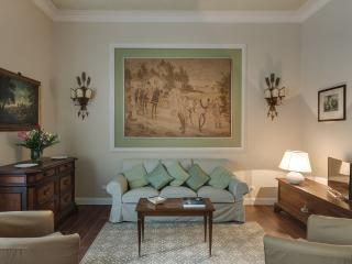 Florence, historic centre, 2 bedrooms, wifi, A/C - Rome vacation rentals