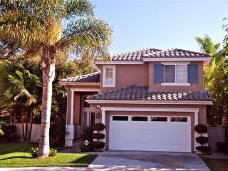 CAL RIVIERA: quiet, elegant, garden patio nr beach - San Clemente vacation rentals