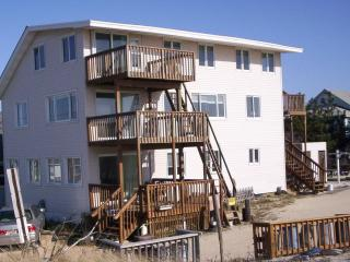 Water's Edge Beach House. Oceanfront apartment. - Ship Bottom vacation rentals