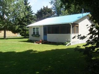 Cottage on Northumberland Strait - PEI - Prince Edward Island vacation rentals