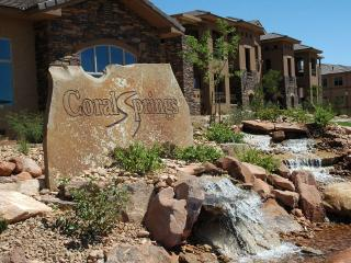 Upscale 3 bedroom Condo with Lots of Amenities - Saint George vacation rentals