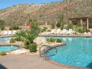 Upscale 2 bedroom Condo with Lots of Amenities - Saint George vacation rentals