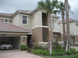 Naples 3 bdrm condo -BOOK APRIL AND SAVE $400 - Naples vacation rentals
