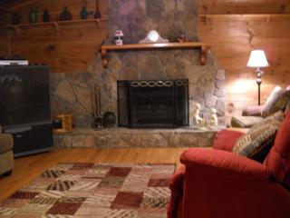 WARM, COMFORTABLE AND INVITING Mountain Home - Franklin vacation rentals