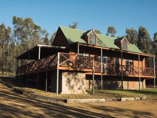 Manzanilla Ridge - 2 Bedroom Cottages - Rothbury vacation rentals