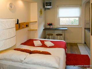 Holiday flat for short let in London, Dollis Hill - London vacation rentals
