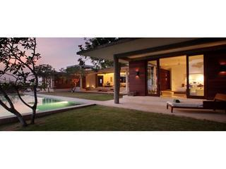 CLIFF FRONT MANSION OPULENT 5* LUXURY ULUWATU BEACH - Canggu vacation rentals