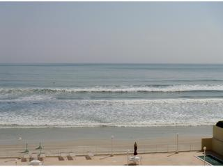 Balcony View of Atlantic Ocean beach - Beach Front Ocean 7 Resort for  Dream vacation ! - Daytona Beach Shores - rentals