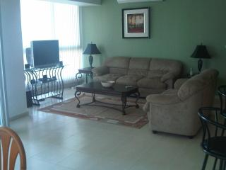 Large Oceanfront 1 Bedroom Condo on Cinta Costera - Panama City vacation rentals