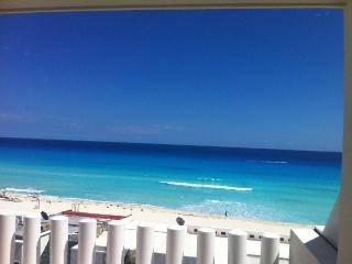 EXCLUSIVA residencia frente al mar en  ZH Cancun - Cancun vacation rentals