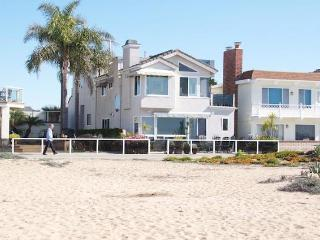 Luxurious Home on the Sand, Balboa Peninsula, CA! - Newport Beach vacation rentals