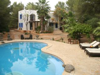 4 bedroom villa in Ibiza, near Cala Jondal - Ibiza Town vacation rentals
