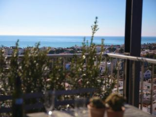 Atic in central Sitges with amazing views - Sitges vacation rentals