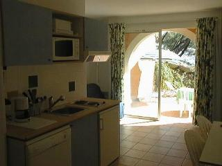Apartment with 1 Bed Room Condo  Pool Sea Side & Vue Cöte D'azur - Sanary-sur-Mer vacation rentals