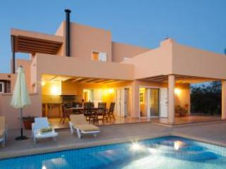 Great value 8 person villa in Ibiza Town - Ibiza Town vacation rentals