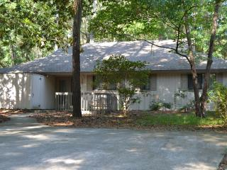Pvt Sea Pines Home-Walk to Beach/Harbortown-Pool - Hilton Head vacation rentals