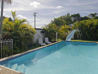 Ron's Beach House - Byron Bay vacation rentals