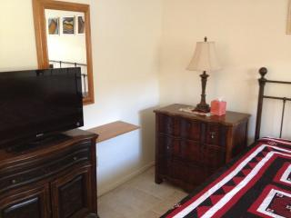 Cozy Scottsdale condo in the center of it all! - Scottsdale vacation rentals
