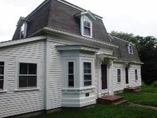 Fully restored Captain's House c. 1870 - Spacious Antique Close to Restaurants, Shops (a/c) - Wellfleet - rentals