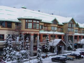 Conveniently located in the village with free parking and wi fi - Whistler vacation rentals