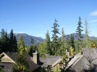 The Woods - Blackcomb Benchlands condo on the golf course - Whistler vacation rentals