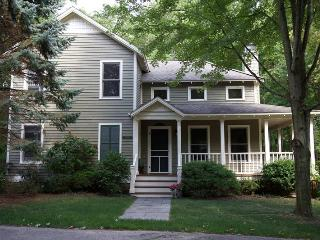 Switching Gears - Saugatuck vacation rentals