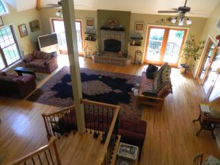 Courter Moon Lodge - Woolwine vacation rentals