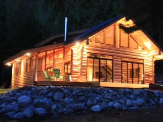 Secluded Log Cabin in mountains. - Pemberton vacation rentals