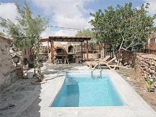 Holiday house for 3 persons, with swimming pool , in Tuineje - Fuerteventura vacation rentals