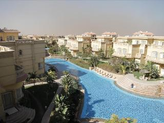 103781 - Apartment 2 bedrooms, 1 balacony, pool view, el safwa resort - Egypt vacation rentals