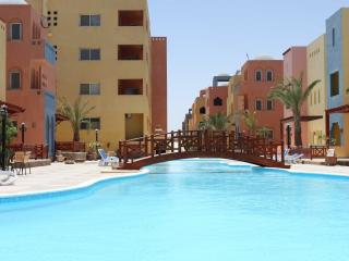 97554 - 2 Bedrooms, Al-Dora Residence , Hurghada - Egypt vacation rentals