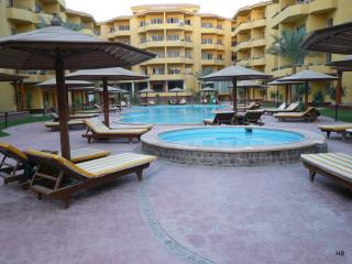97564 - One bedroom, British Resort Compound, Hurghada - Egypt vacation rentals