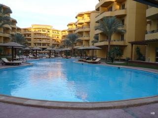 97566 - Two bedrooms, British Resort Compound, Hurghada - Egypt vacation rentals