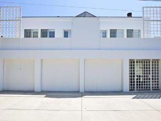 Private Beachside Malibu Modern - Malibu vacation rentals