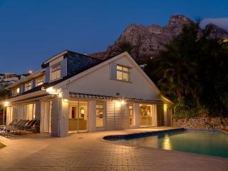 HILLTOP BUNGALOW - Cape Town vacation rentals