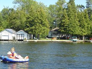 Beautiful Bobcaygeon Waterfront w/ Wheelchair Acc. - Bobcaygeon vacation rentals