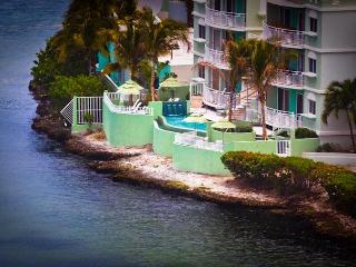 Beautiful Condo, Fully equipped, 2 masters bdrs - Oyster Pond vacation rentals
